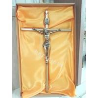 Salib Dinding Besi Corpus Yesus 50Cm - Kuning Gelap (Mcr-036)