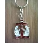 GK-03  Gantungan Kunci Maria di kaki salib merah 1
