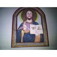 Hiasan dinding: Yesus memegang buku - Trust in Me.. 14cm (WPJ-201)