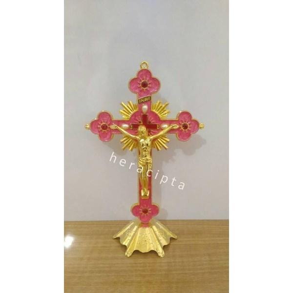 The Cross Sits Gold Yellow Yellow Iron Mcs 1732Pi
