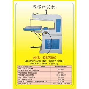 MESIN GERGAJI ZIGSAW MACHINE DS700C