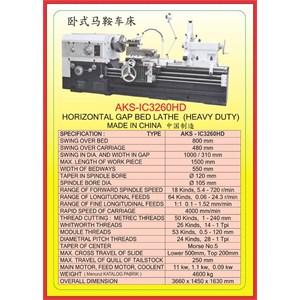 MESIN BUBUT Heavy Duty Horizontal Lathe IC3260HD