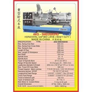 MESIN BUBUT Heavy Duty Horizontal Lathe SMD2280HD