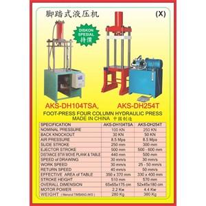 MESIN PRESS Four Column Hydraulic Press DH104TSA