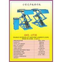 Alat alat mesin Platform Scissor Lift UT30