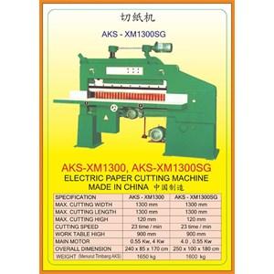 Alat Alat Mesin Paper Cutting Machine & Book Binding XM1300