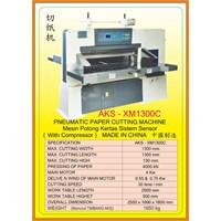 Alat Alat Mesin Paper Cutting Machine & Book Binding XM1300C 1