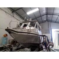 Distributor AMBULANCE SHIP is 10 m ALUMINIUM 3