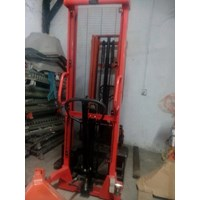 Jual Distributor Hand Stacker Electric  0818681372 2