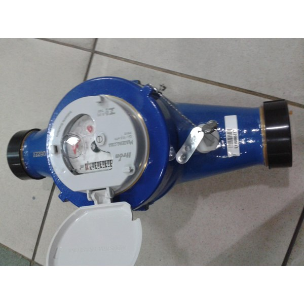 water Flow meter itron type multimax