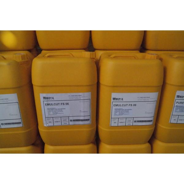 EmulCut FS (Synthetic Metalworking Fluid)