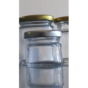 P024 25 Ml Round Glass Jar