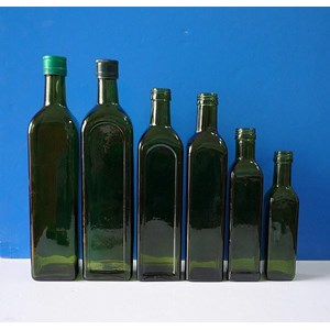 P040 750Ml Square Tall Glass Bottle