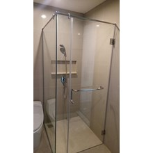 Kaca Shower Screen