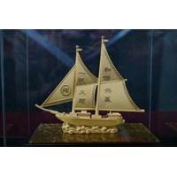 Jual Pajangan Lapis Emas Kapal Layar L22 Souvenir Dekorasi Rumah Tangga  2