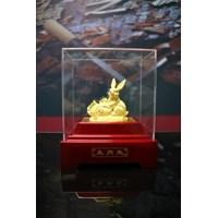 Pajangan 12Shio Patung Kelinci Souvenir Lapisan Emas 24K