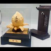 Distributor Pajangan  Patung Sou Thao Buah Persik Souvenir Lapisan Emas 24K 3