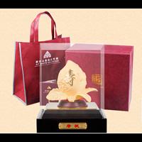 Statue Sou Thao Peaches Souvenir Gold 24 K