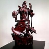 Pajangan Patung Guan Yu Bahan Kayu
