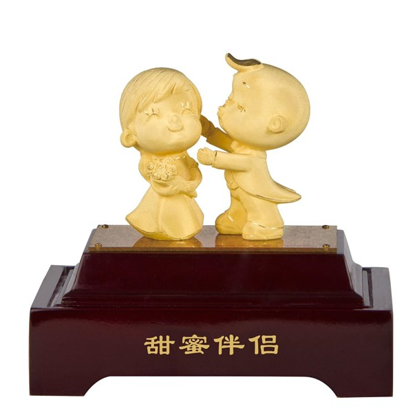 Souvenir Pernikahan Dekorasi Rumah Patung Lapisan Emas Boneka Couple
