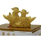 Souvenir Pernikahan Sepasang Yuanyang(Bebek) Lapisan Emas 9