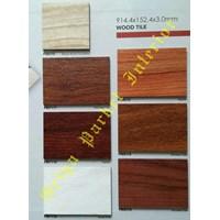 Lantai Vinyl Silenus Type Wood Tile 1