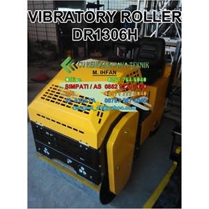 Vibratory Roller Dr1306h - Mesin Pemadat Tanah