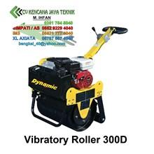 Vibratory Roller Dr 300D -  Mesin Pemadat Tanah
