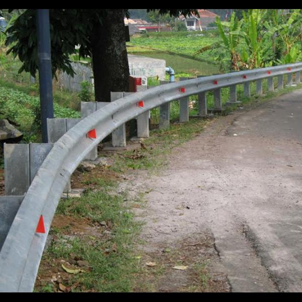 Flex Beam Guardrail Jalan