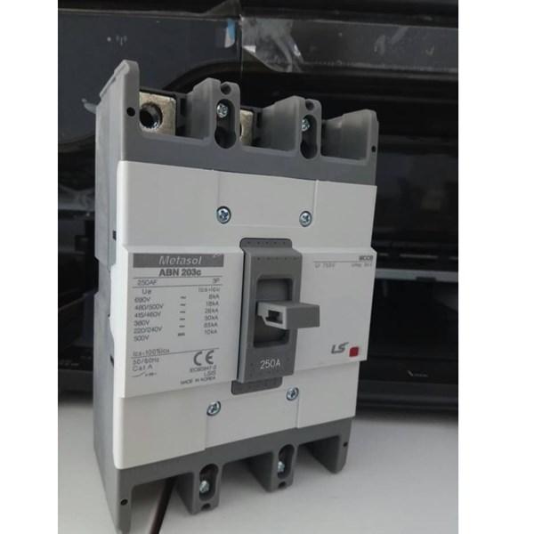 MCCB (Molded Case Circuit Breaker) LS ABN 203C 3 P 250A