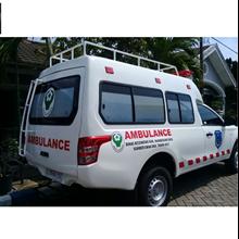 Mobil Ambulance Internasional 2