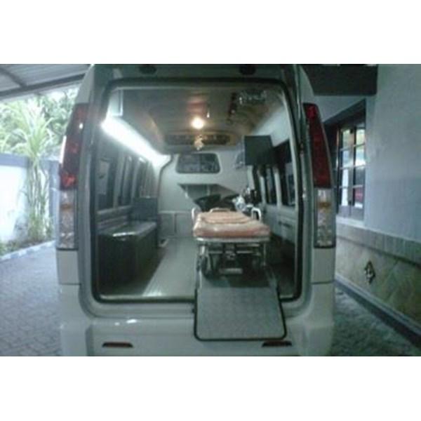 Modifikasi Ambulance Isuzu ELF  Bank Jatim Probolinggo