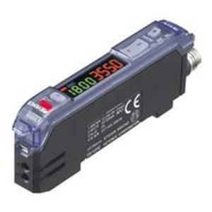 Fiber Amplifier M8 Connector Type Main Unit PNP FS V33CP