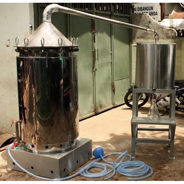 Destilasi / Penyulingan Minyak Atsiri Kap 150-200 kg