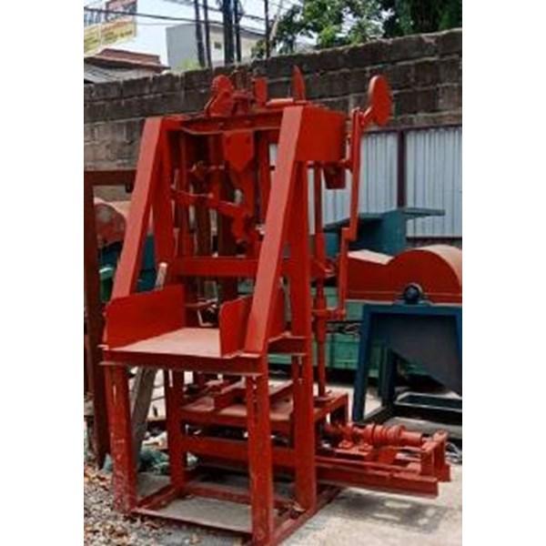 Mesin Batako-Paving Block Sistem Getar Kaki 6