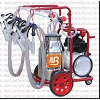 Portable Milking Machine04