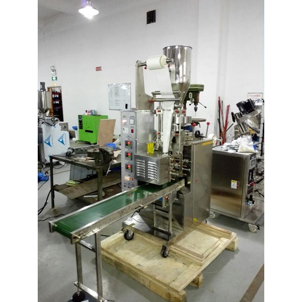 Inner Tea Bag Packaging Machine With Thread & Tag