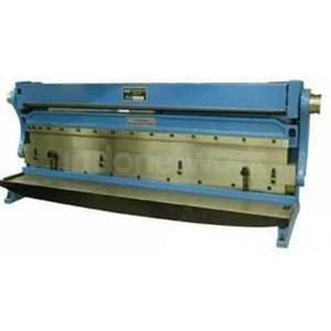 Mesin Potong Bending Roll Plat Multifungsi Shear Brake Roll 3in1