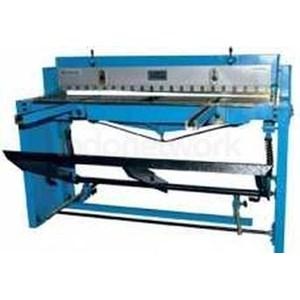 Mesin Potong Plat Mekanikal Foot Shear