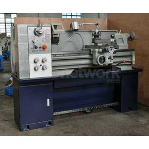 Mesin Bubut Konvensional Gap Bed Lathe Machine