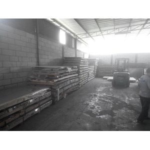 Plat Stainless Steel Ji Sung