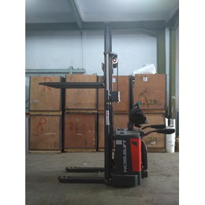 Hand Stacker Electric PS 1555