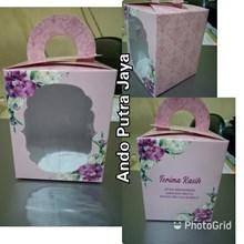 Kotak Souvenir & Kemasan Souvenir Uk. 9 x 9 x 11 Pink