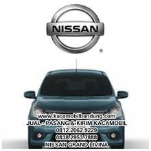 Nissan grandlivina car glass