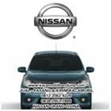 nissan grandlivina car glass