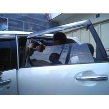 Kaca Mobil Honda Jazz S