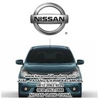 Kaca Mobil Nissan Grand Livina 1