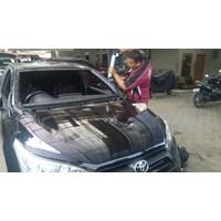 Kacamobil Toyota Yaris 1