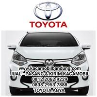 Kaca mobil Toyota Agya 1
