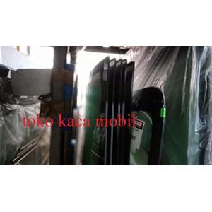 Kaca Mobil Isuzu panther  kapsul